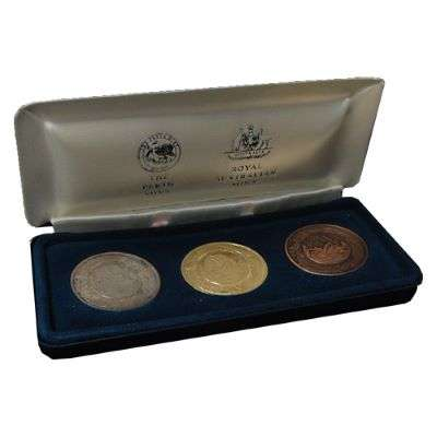 2000 Sydney Paralympic Games Miniature Replica Victory Medallion Boxed Three Coins Set